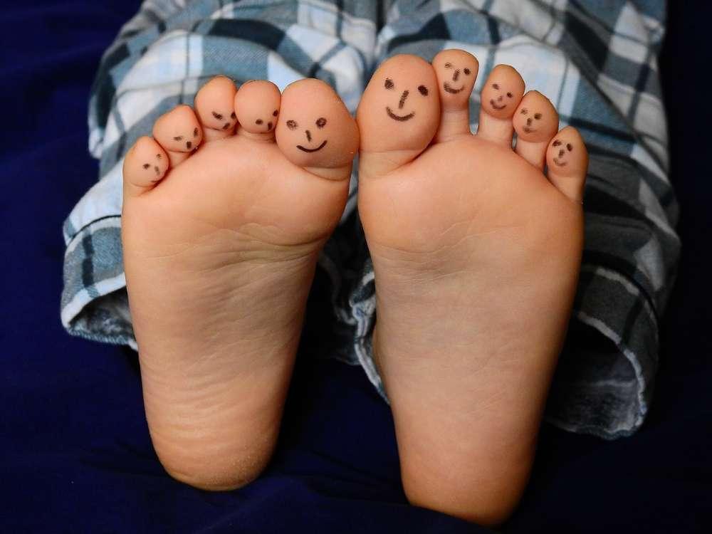 feet smile